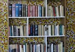 """""""Irodalmi állomás""""  - 100 új kötet jön a kecskeméti mozaikos kultúr-váróba!"""
