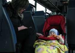 Elindult a sofőr, az anya fent, a baba lent maradt