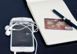November 6. - Az internetes vásárlás napja!
