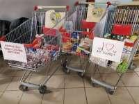 Karácsonyi élelmiszergyűjtés gyermeküket egyedül nevelő és a rászoruló nagycsaládosok részére a Szil-Coopnál