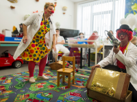 Betegségelűző Bohócdoktorok jönnek a Kecskeméti Kórházba