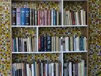 """Hozz 1 könyvet! avagy a nem használt könyvedet, ajánld fel a vasútállomáson lévő szabadpolcos""""mindenki könyvtárának"""""""