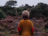 Egy autista fiú mellé keresünk gyerekfelügyelőt Kecskemétre-segíts, hogy megtaláljuk!