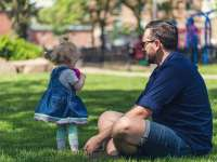 Egyedülálló szülőket segítő központ nyílik Kecskeméten – segítség azoknak nap mint nap felveszik a harcot gyermekeikért